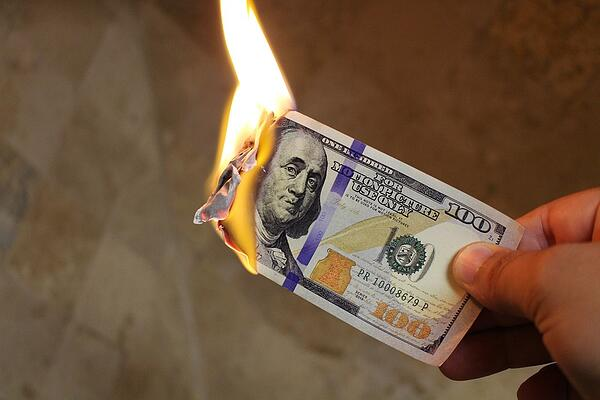 burning-money-2113914_960_720